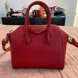 Givenchy Antigona Red
